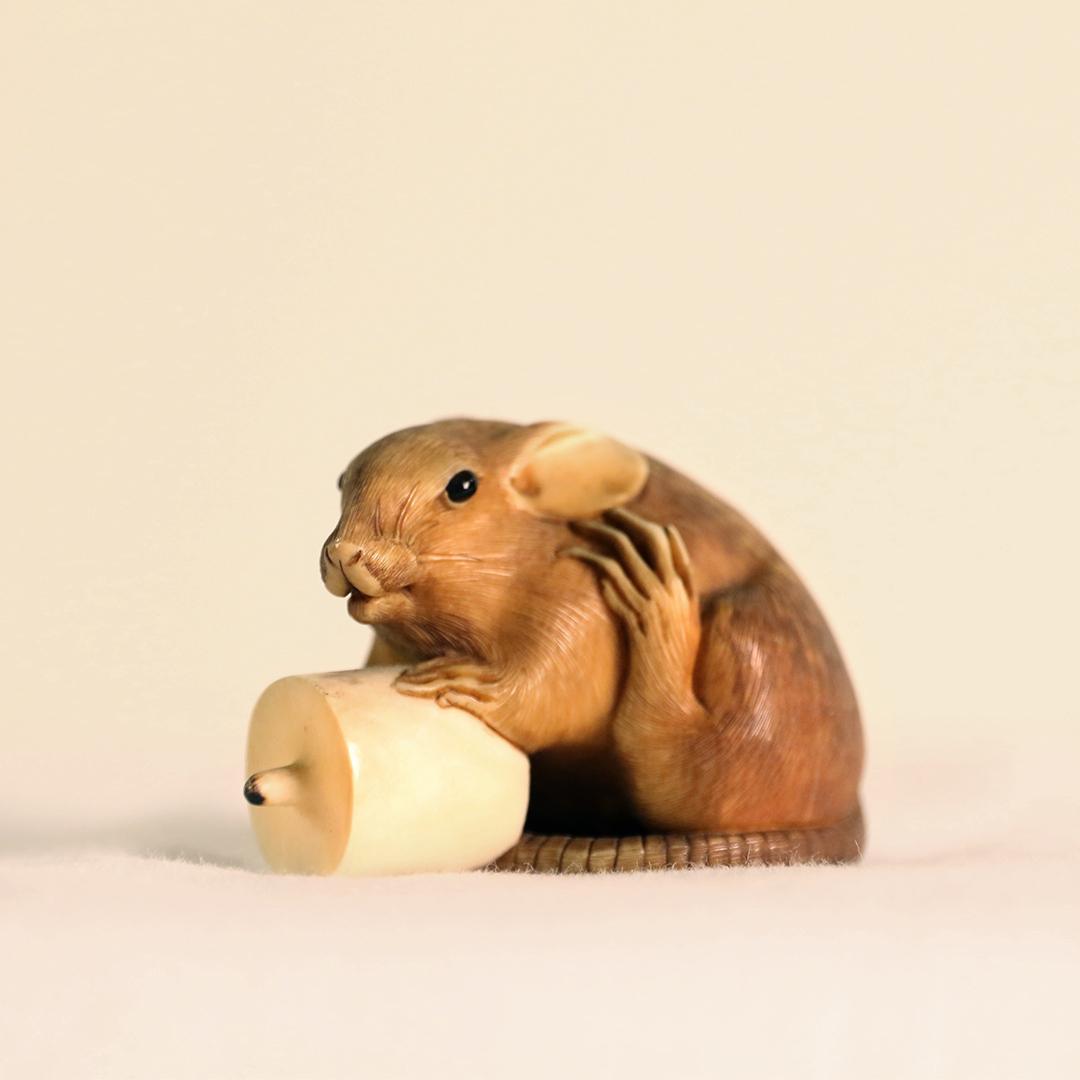 Japanese Netsuke mouse
