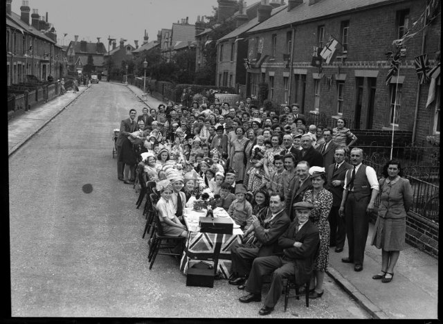 VE Day party at Carnarvon Road, Reading