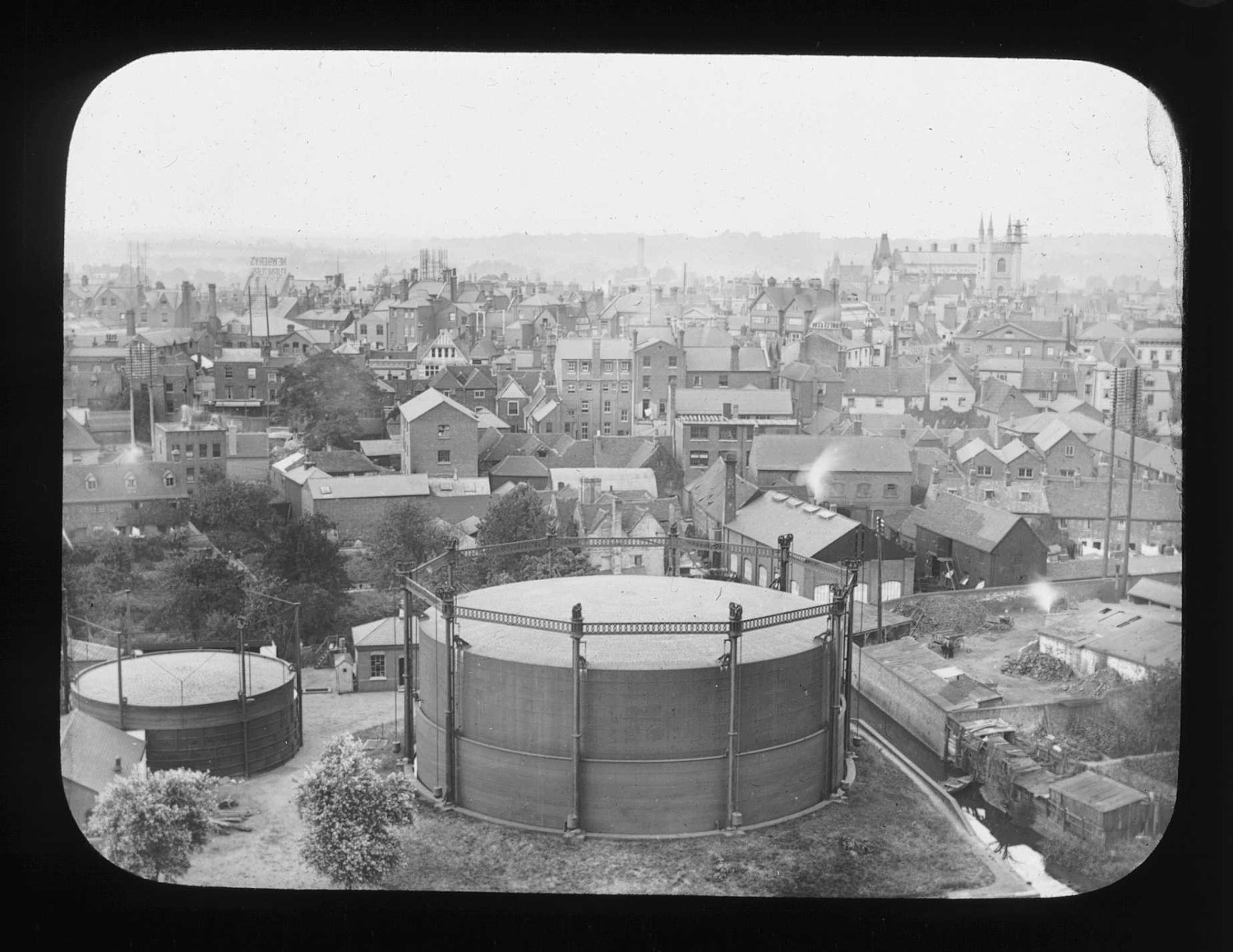 gas holder Reading about 1900