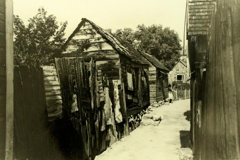 Chattel houses in Barbados in the 1930s - BMHS collection