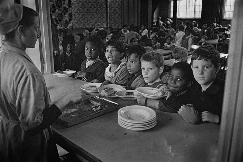 Teacher Strike - Pupils of St John's C Of E Primary School waiting for lunch during a teacher strike, Kilburn, London, 13th September 1967. (Photo by Terry Disney/Express/Hulton Archive/Getty Images)