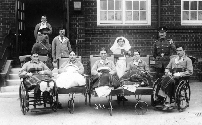 Wounded soldiers at Reading War Hospital in 1917