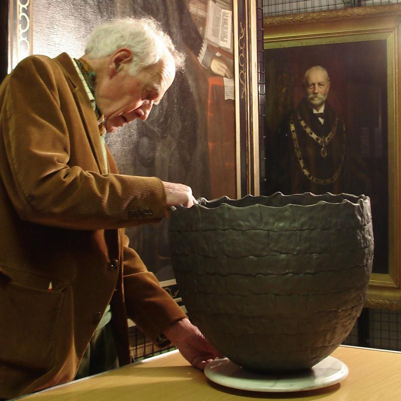 Alan with Black Crucible, 2004, by Geoffrey Eastop during filming.
