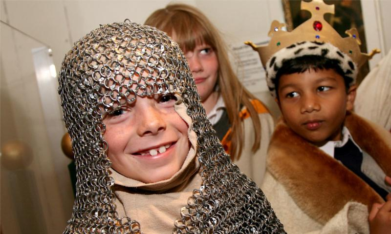 Children dressed up for the Bayeux Tapestry Session
