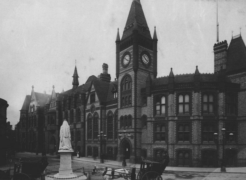 Reading Town Hall in about 1890