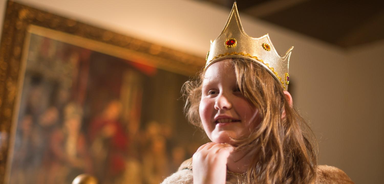 Henry I Crowns musuem activity