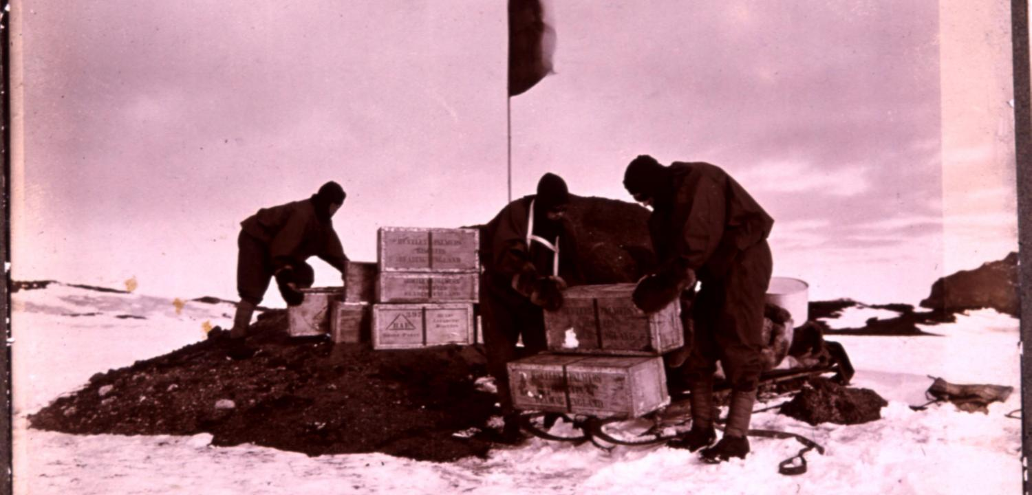 Huntley & Palmers provided ordinary and specially made emergency biscuits to the ill-fated British Antarctic Expedition to the South Pole, led by Captain Scott