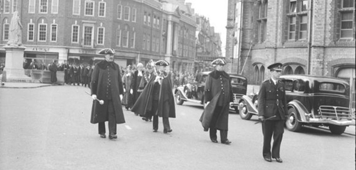 VE Day Parade, Town Hall, Reading, May 1945