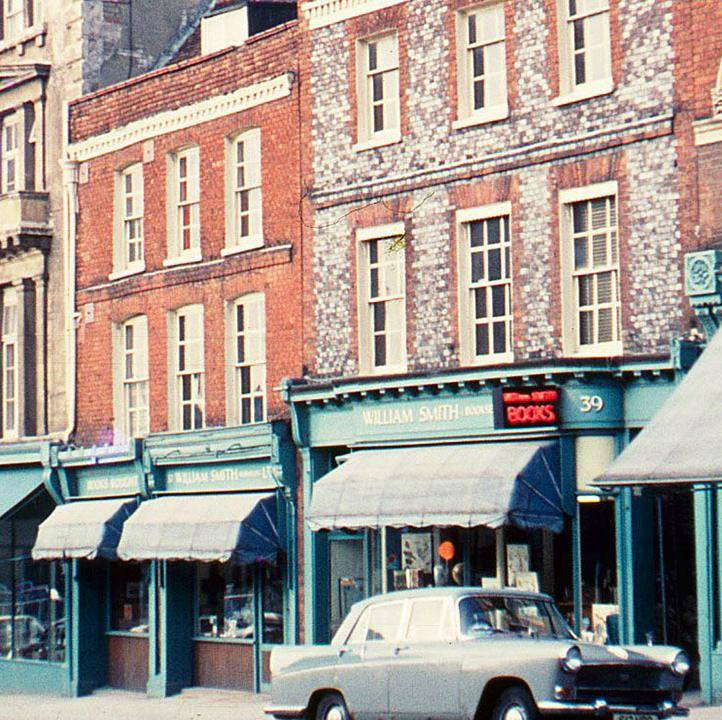 33-39 London Street in 1971. Norman Wicks. (c) Reading Borough Council, Reading Library Local Studies Collection