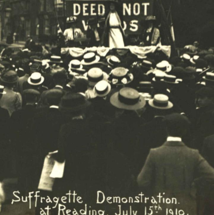 Suffragette demonstration, Station Road, Reading