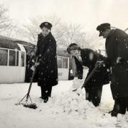 Clearing snow on the tube © TfL from the London Transport Museum collection